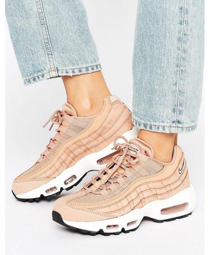 buy popular 965bc 29fa4 Chaussure Nike|New Balance