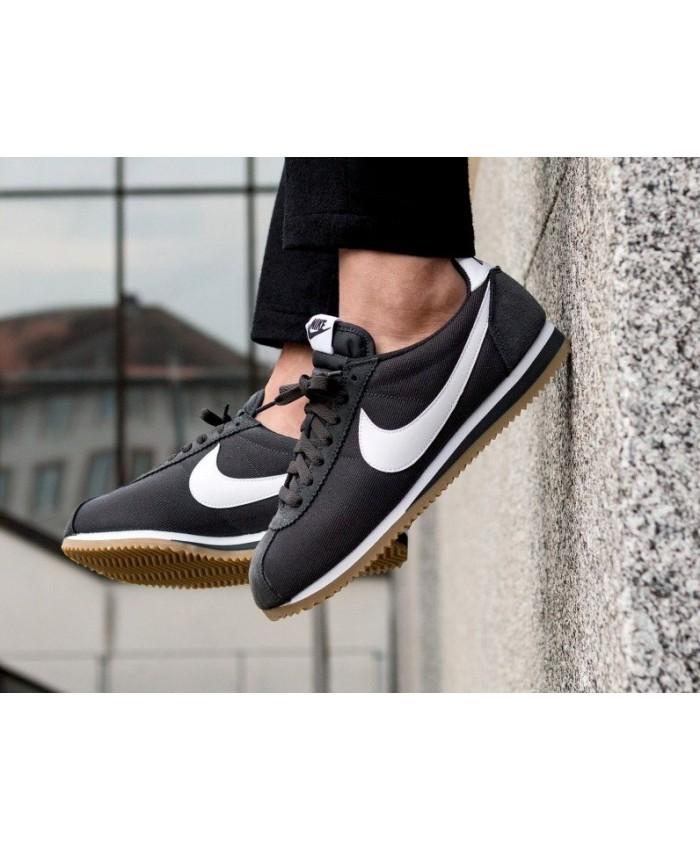 on sale 757cd 83c53 Homme - Pas Cher Nike Cortez Femme et Homme Chaussures